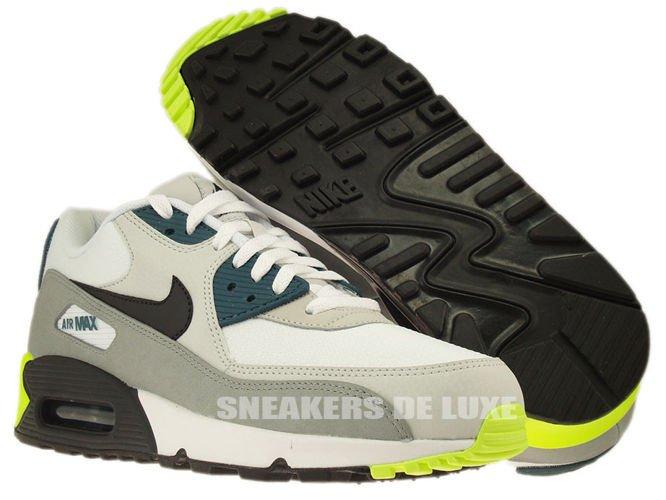 537384 105 MEN Nike Air Max 90 Essential Running Shoes
