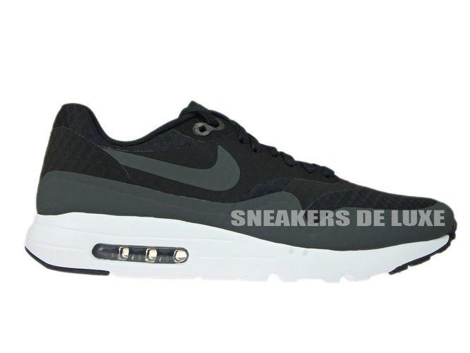 819476 004 Nike Air Max 1 Ultra Essential BlackWhite